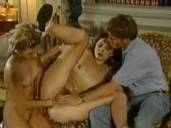 Anal Faustfick im deutschen Vintageporno