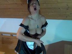 Nackt putzen und Staubsauger Sex