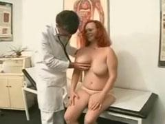 Beim frauenarzt porno