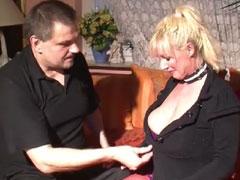 Dicke blonde Nutte mit grosse Titten von Amateur gefickt