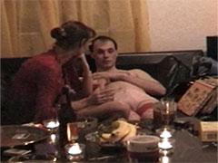 Mann fickt betrunkene reife Mutter durch