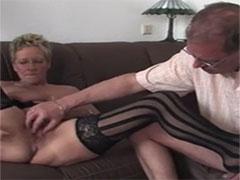 Porno deutsch hausfrauen Deutsche hausfrauen