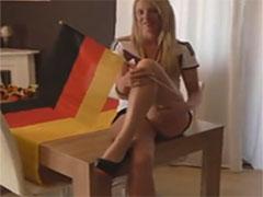 Echte deutsche Mädels stehen auf Analsex