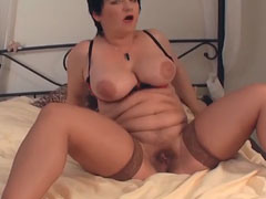 Shemale hottie powered by phpbb Amateur haarige reife masturbieren Ihre nasse Fotze
