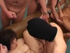 Geile Sperma Orgie mit jungen deutschen Fotzen