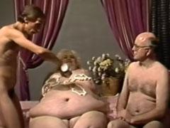 Extrem fette Frau vom Masseur gefickt